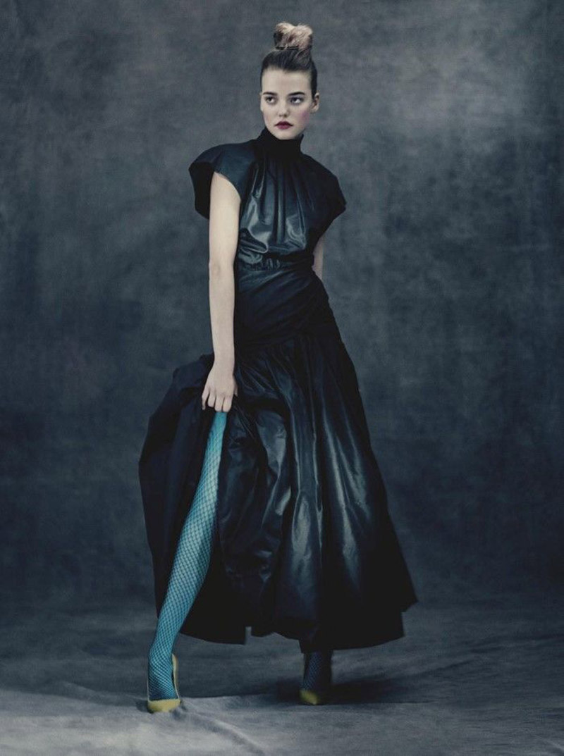 ''Through the looking glass'' by Paolo Roversi for Vogue Australia August 2017
