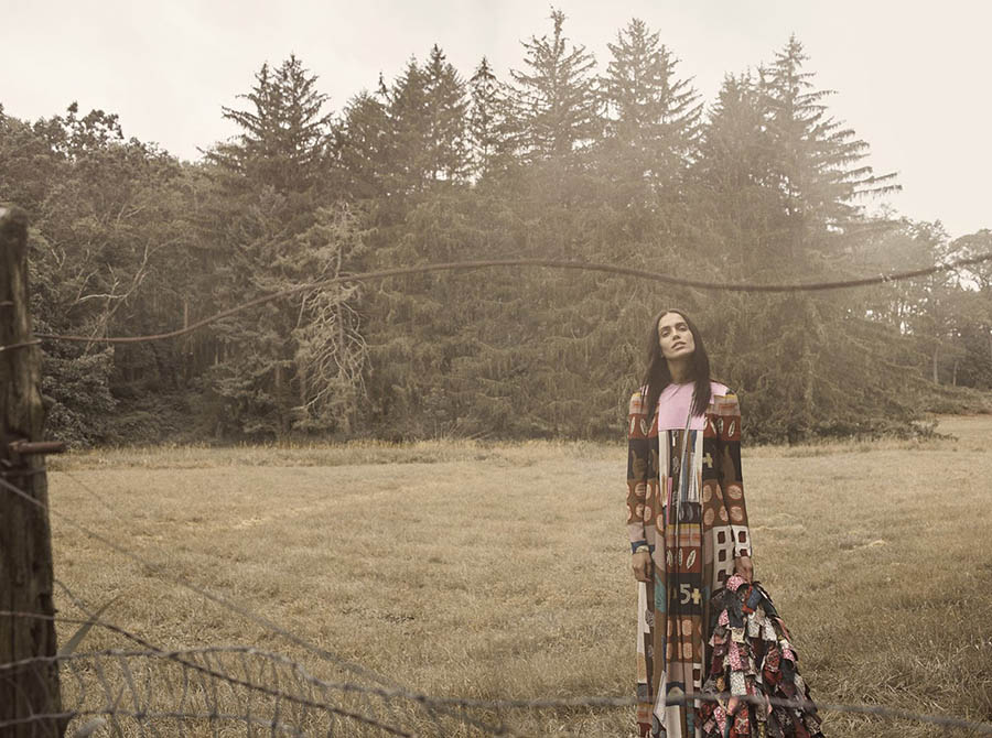 Amanda Wellsh by Laurie Bartley for Elle US October 2017