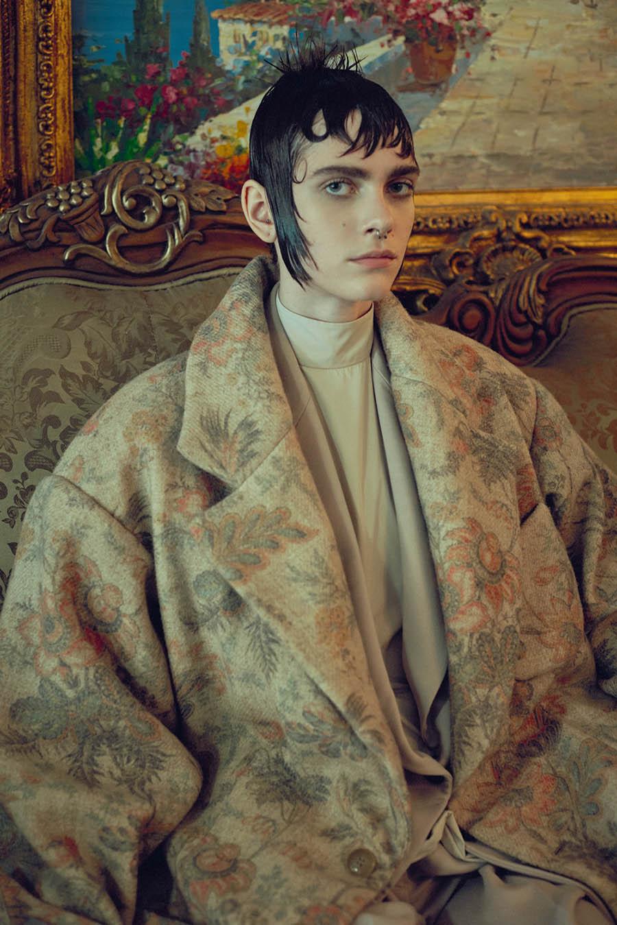 Amandine Renard by Sofia Sanchez & Mauro Mongiello for Numéro October 2017