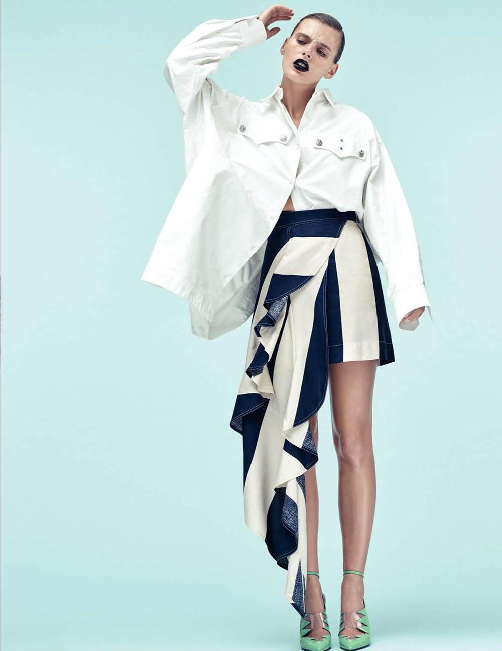 Madison Headrick by Paola Kudacki for Vogue Spain December 2017