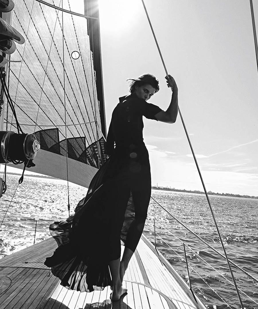Julia van Os by Sebastian Kim for Vogue Australia December 2017