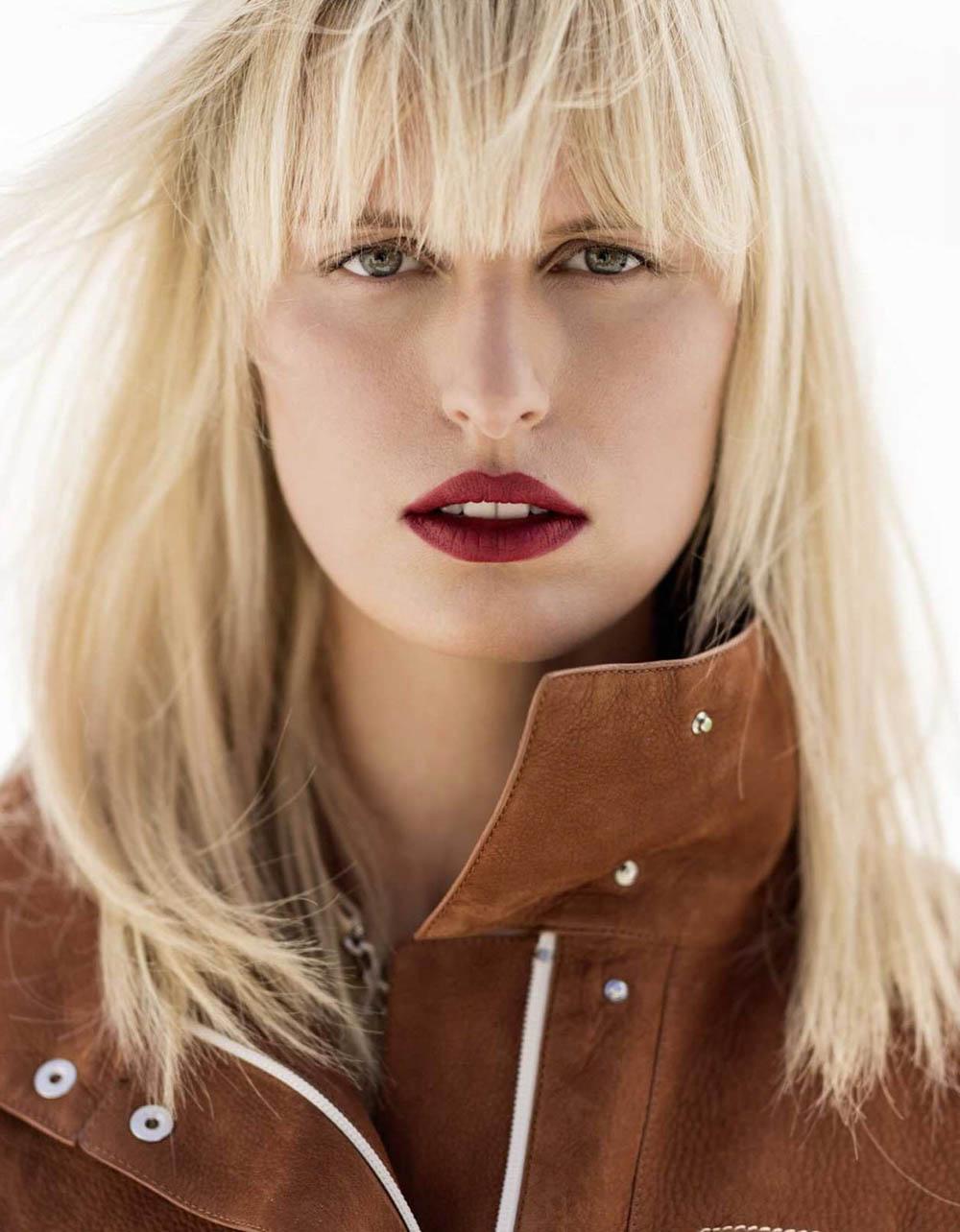 Karolina Kurkova covers Elle Russia January 2018 by Gilles Bensimon