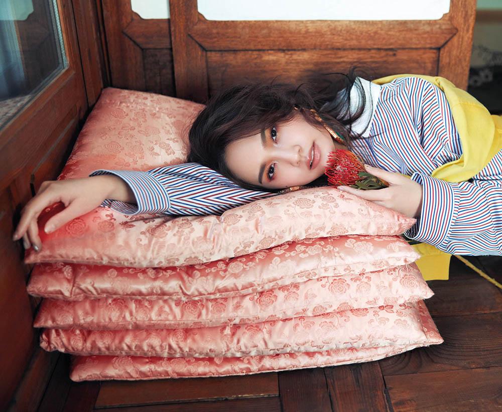 Rainie Yang covers Vogue Taiwan March 2018 by Ming Shih Chiang