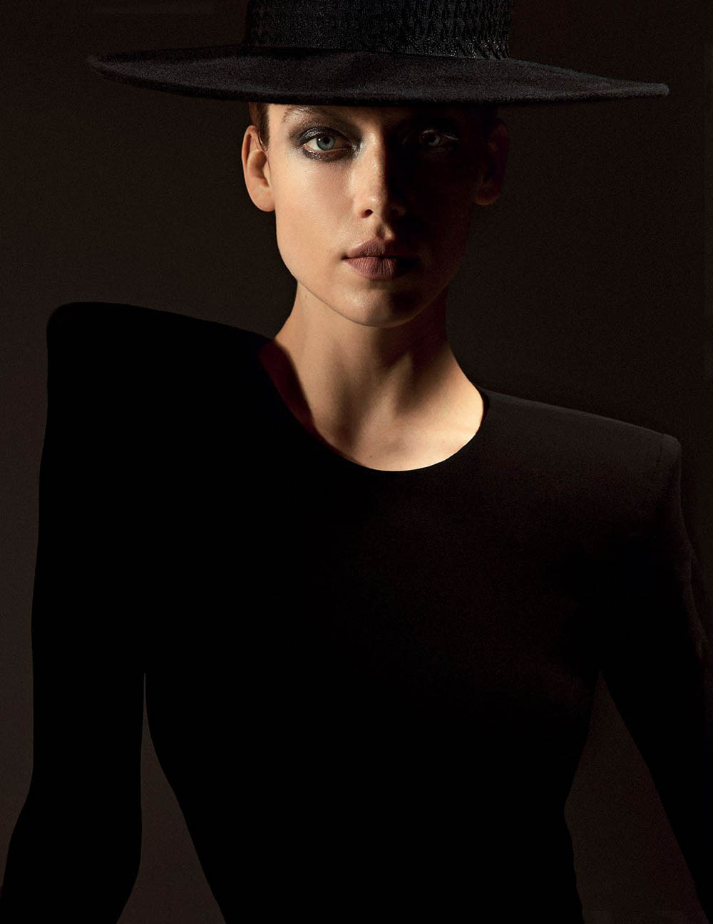 Hannah Ferguson by Jack Waterlot for Vogue Arabia May 2018