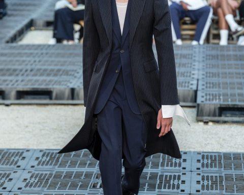 Alexander McQueen Men's Spring Summer 2019 - Paris Fashion Week