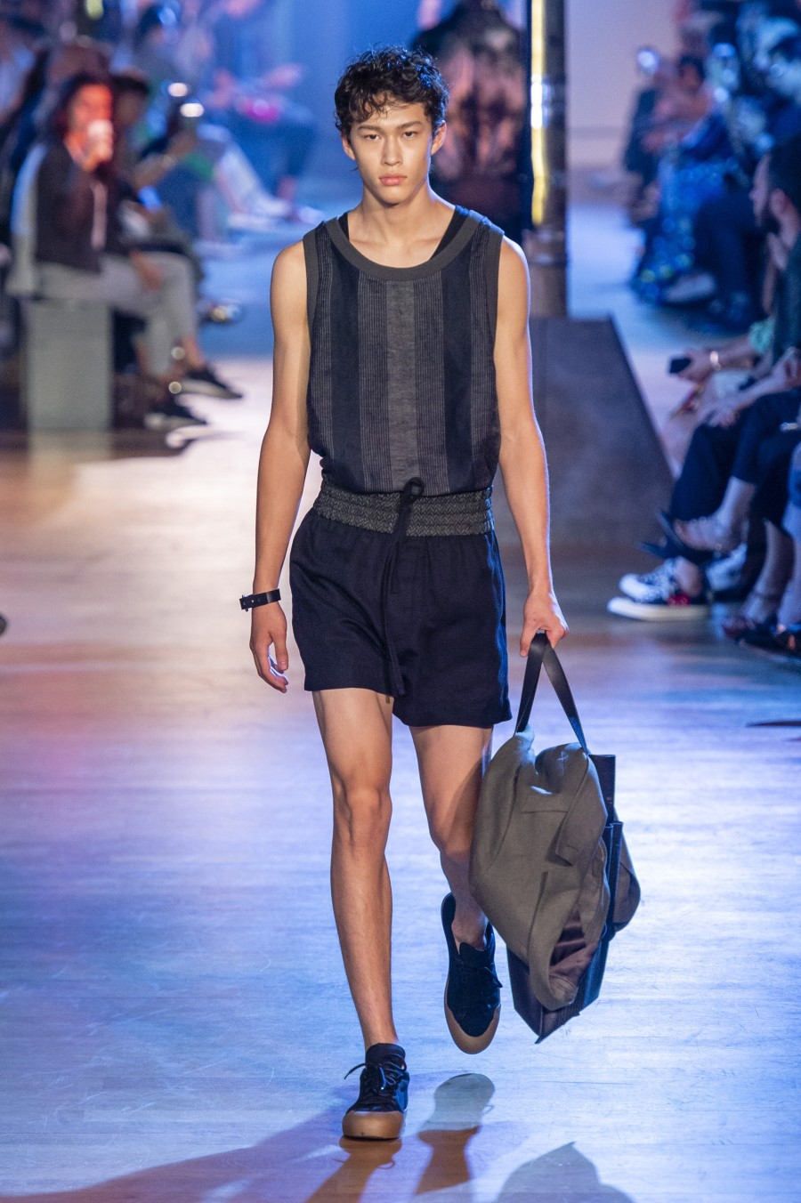 Cerruti 1881 Men's Spring Summer 2019 - Paris Fashion Week