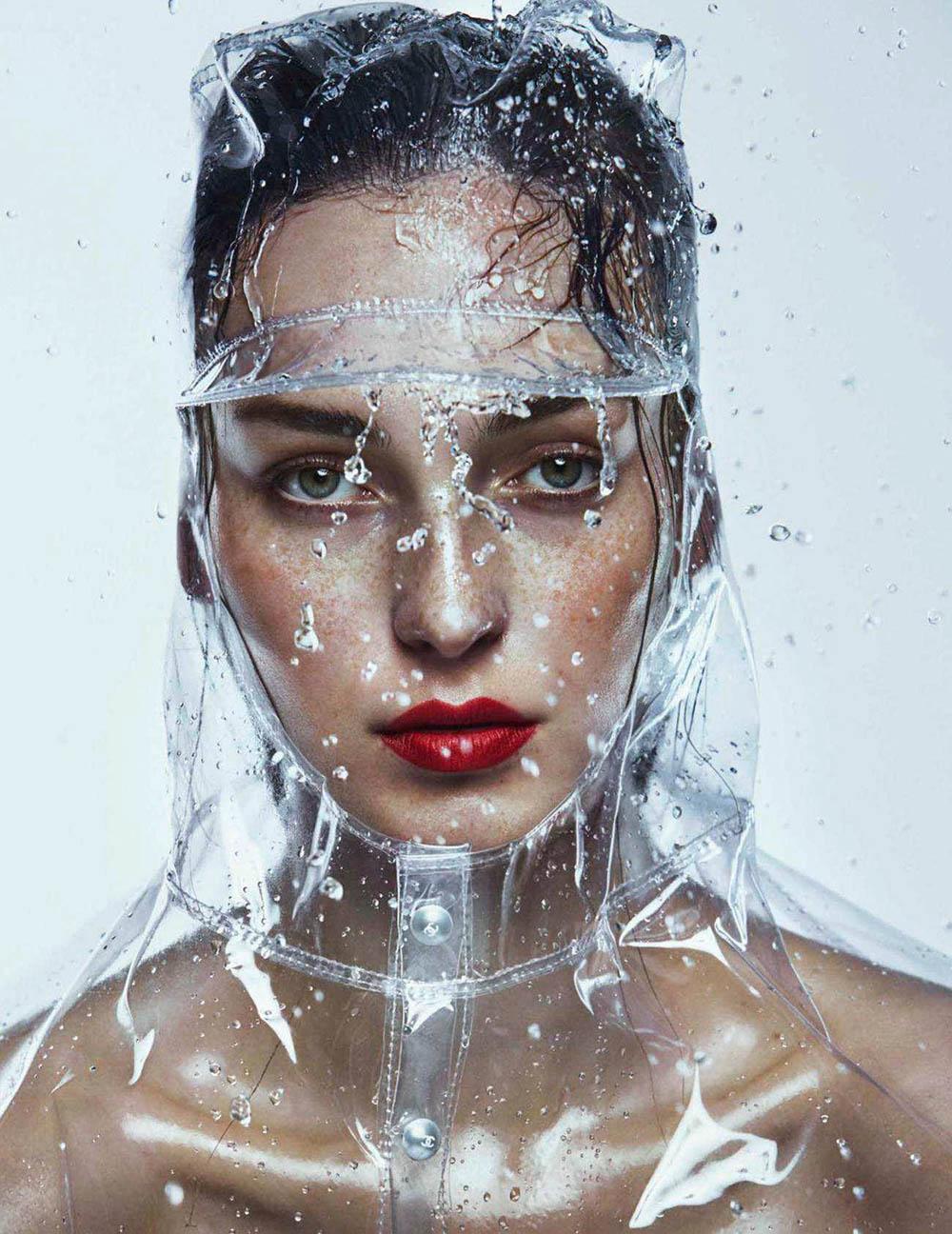 Julia Bergshoeff by Txema Yeste for Vogue Spain June 2018