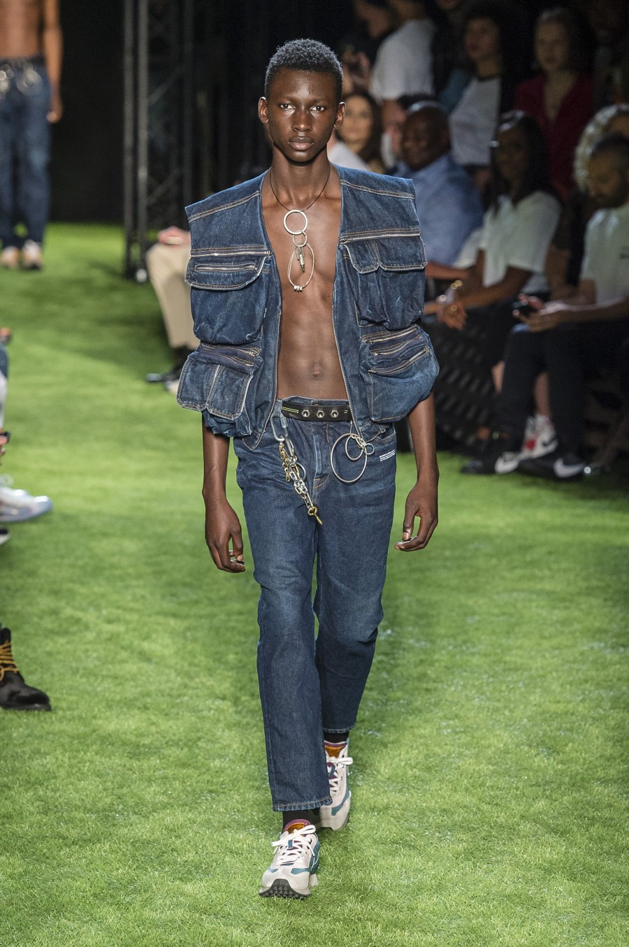 Off-White Men's Spring Summer 2019 - Paris Fashion Week