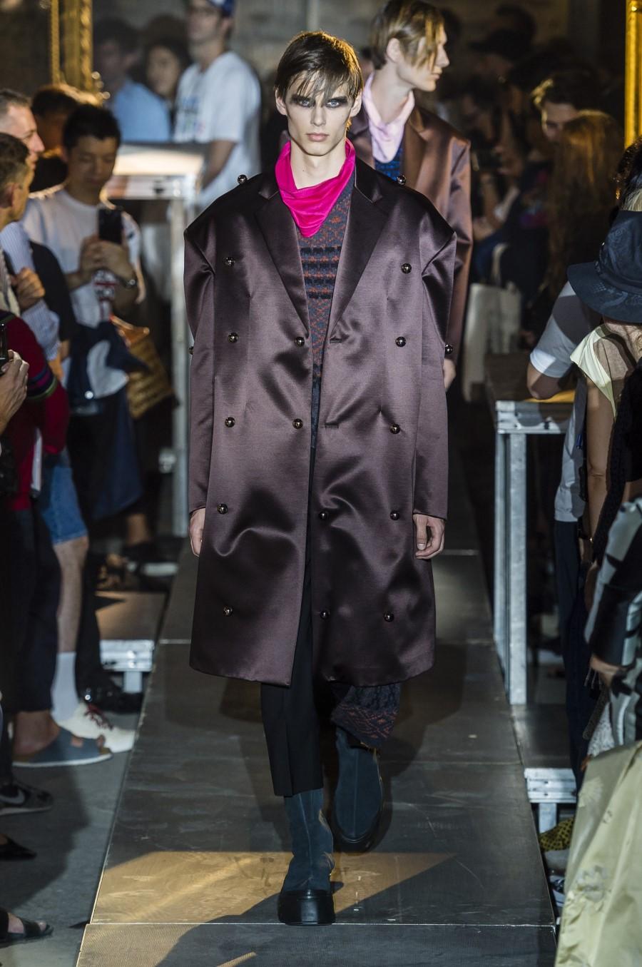 Raf Simons Spring Summer 2019 - Paris Fashion Week