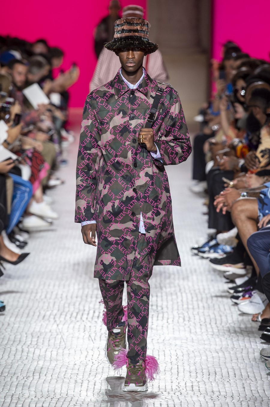 Valentino Men's Spring Summer 2019 - Paris Fashion Week