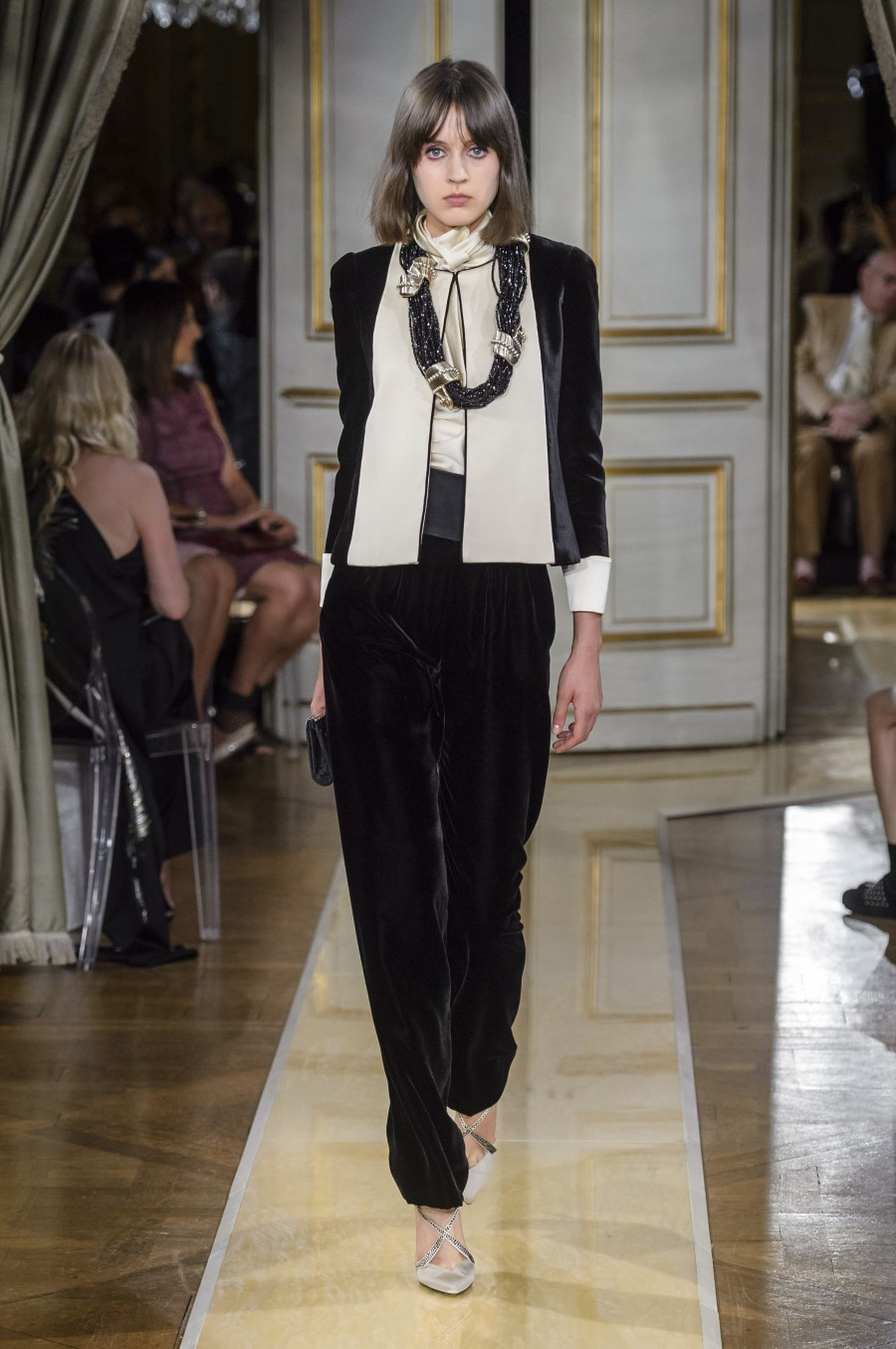 Armani Privé Haute Couture Fall Winter 2018