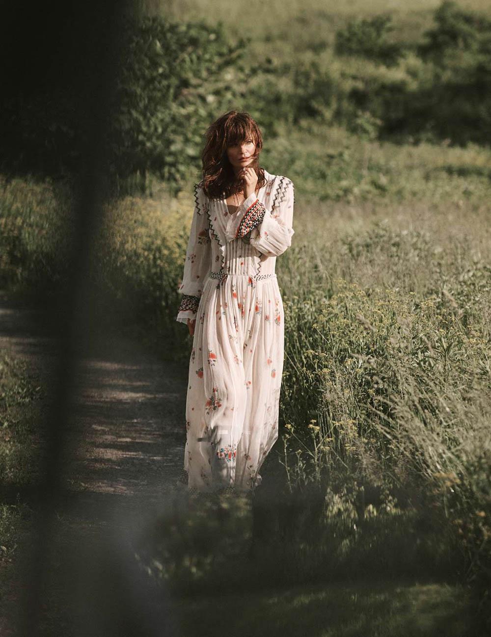 Helena Christensen covers Elle France July 27th, 2018 by Blair Getz Mezibov