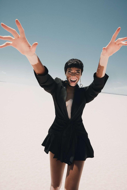 Winnie Harlow covers Elle Turkey July 2018 by Emre Guven