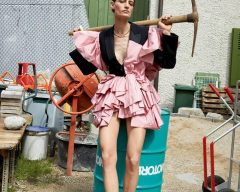Veronika Kunz by Juergen Teller for Vogue Paris August 2018