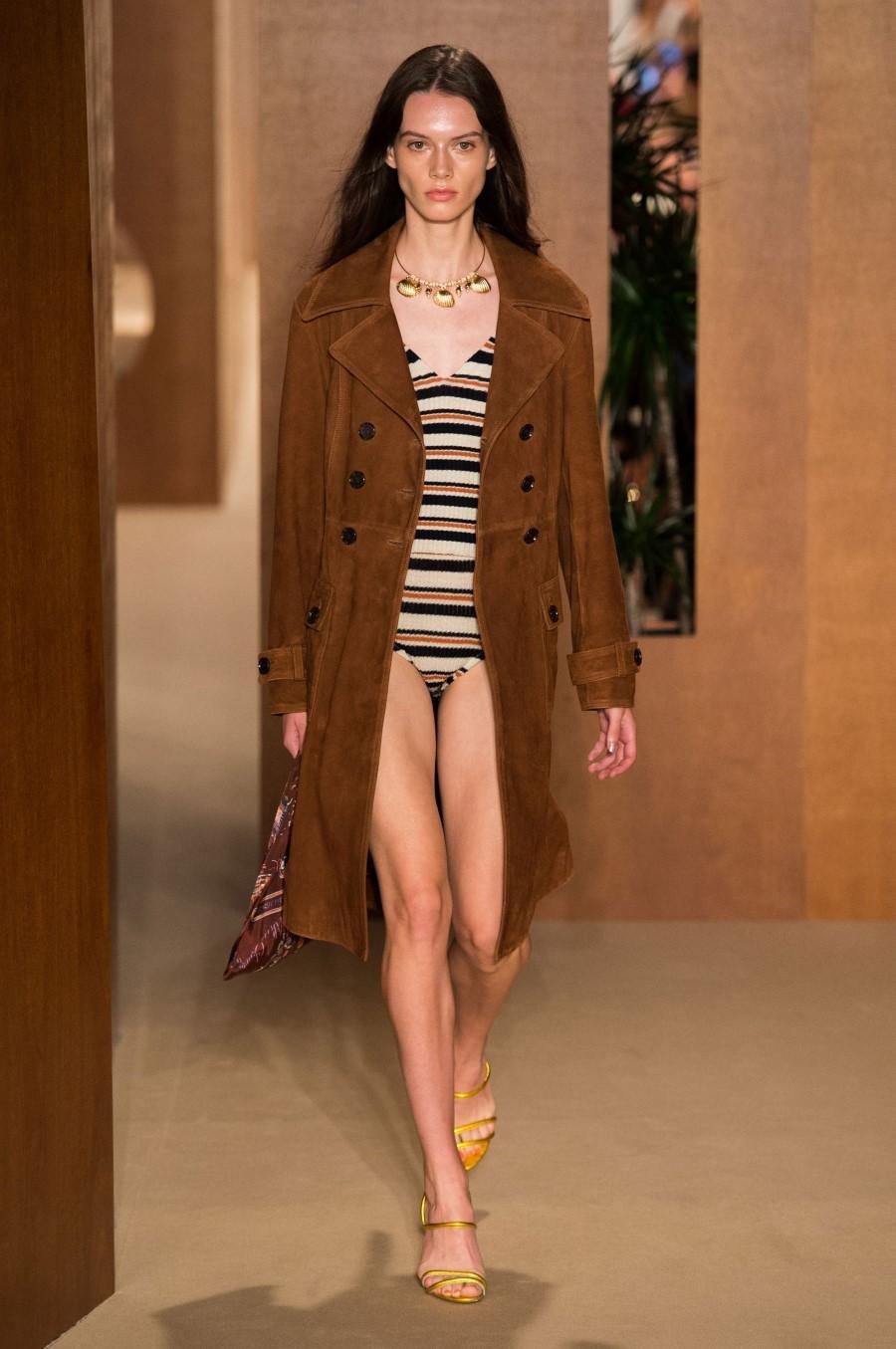 ALEXACHUNG Spring Summer 2019 – London Fashion Week