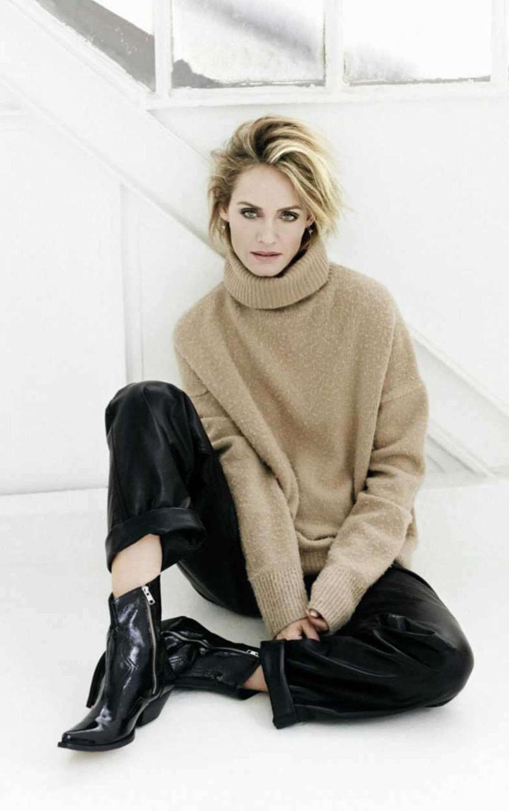 Amber Valletta covers Elle Russia September 2018 by Derek Kettela