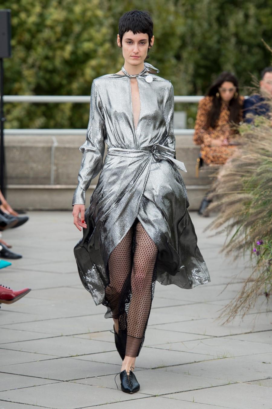 Roland Mouret Spring Summer 2019 – London Fashion Week