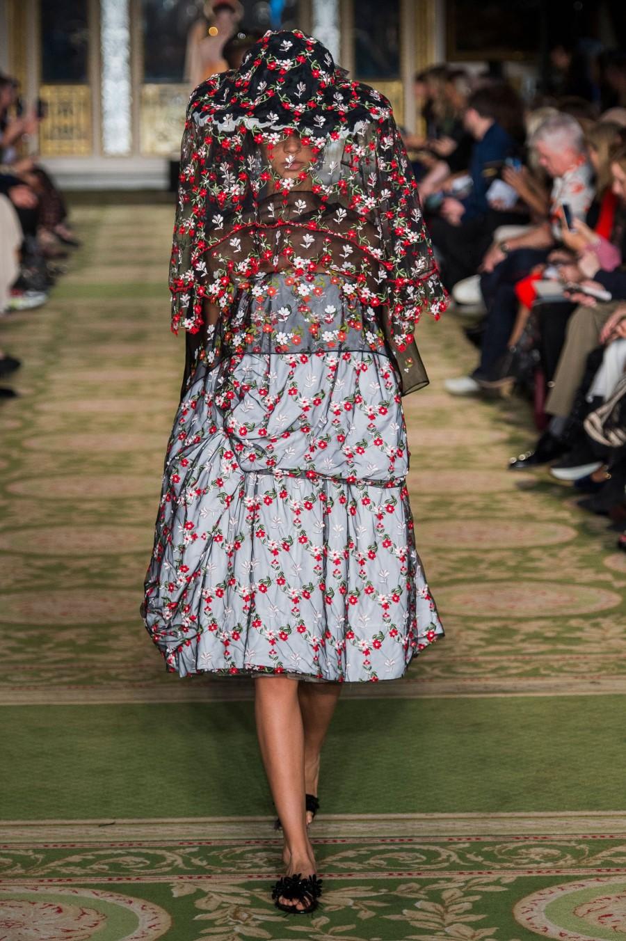 Simone Rocha Spring Summer 2019 – London Fashion Week