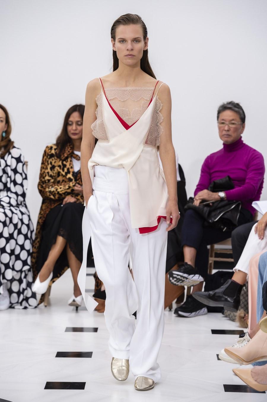 Victoria Beckham Spring Summer 2019 – London Fashion Week