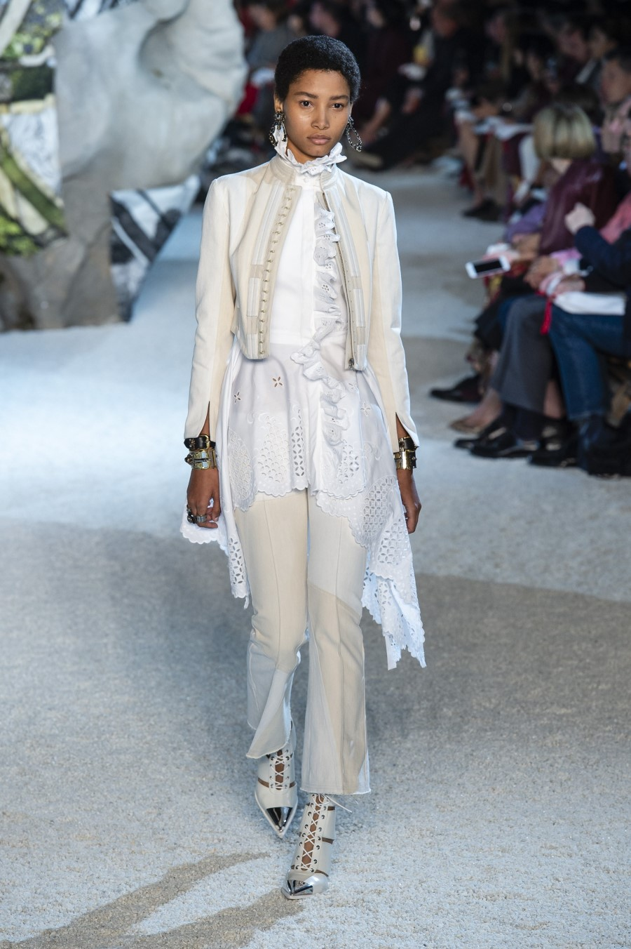 Alexander McQueen Spring Summer 2019 – Paris Fashion Week