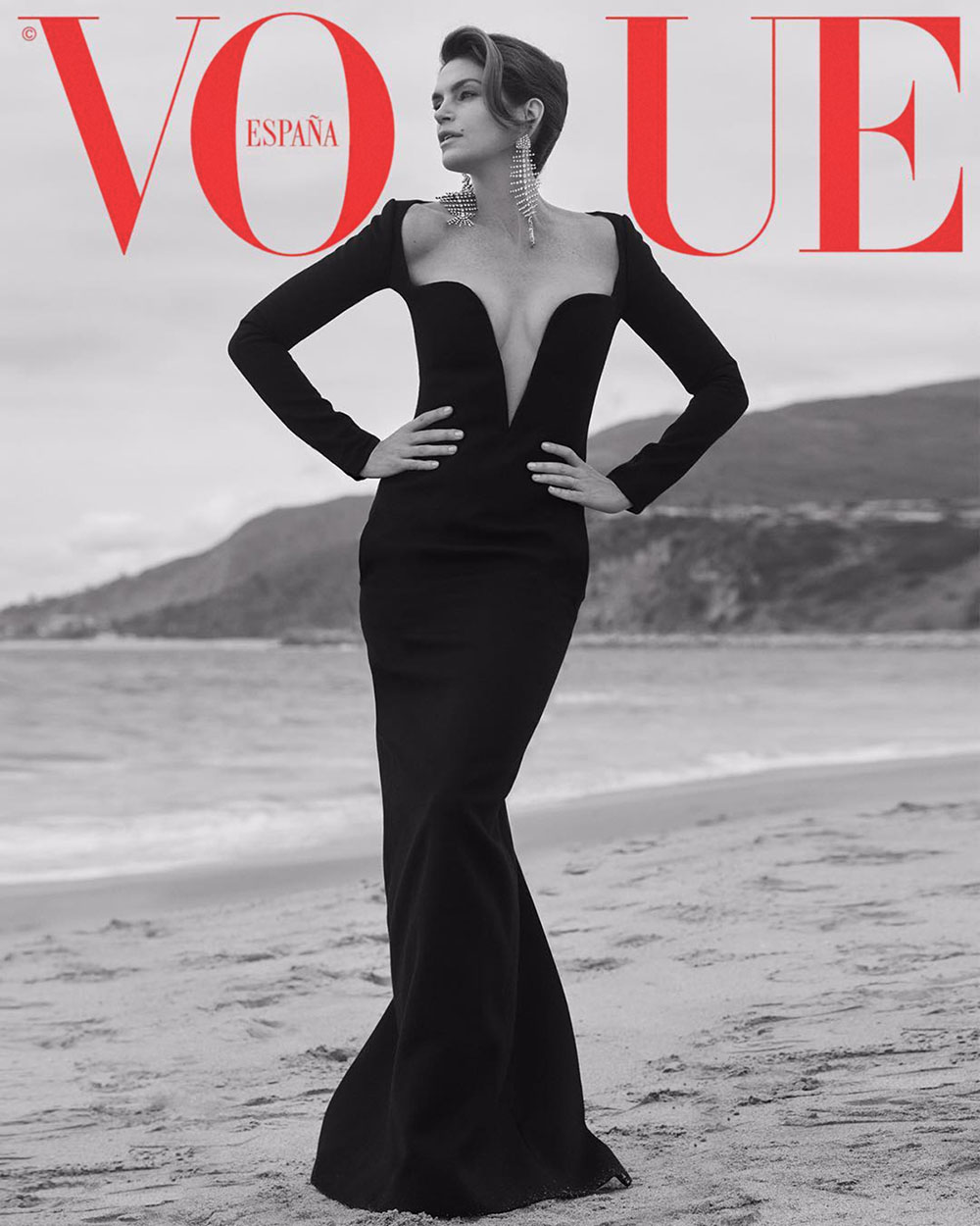 Cindy Crawford covers Vogue Spain October 2018 by Sebastian Faena