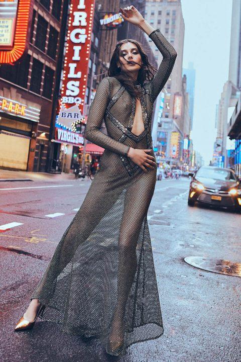 Jessica Clements by Cesar Balcazar for Cosmopolitan Serbia October 2018