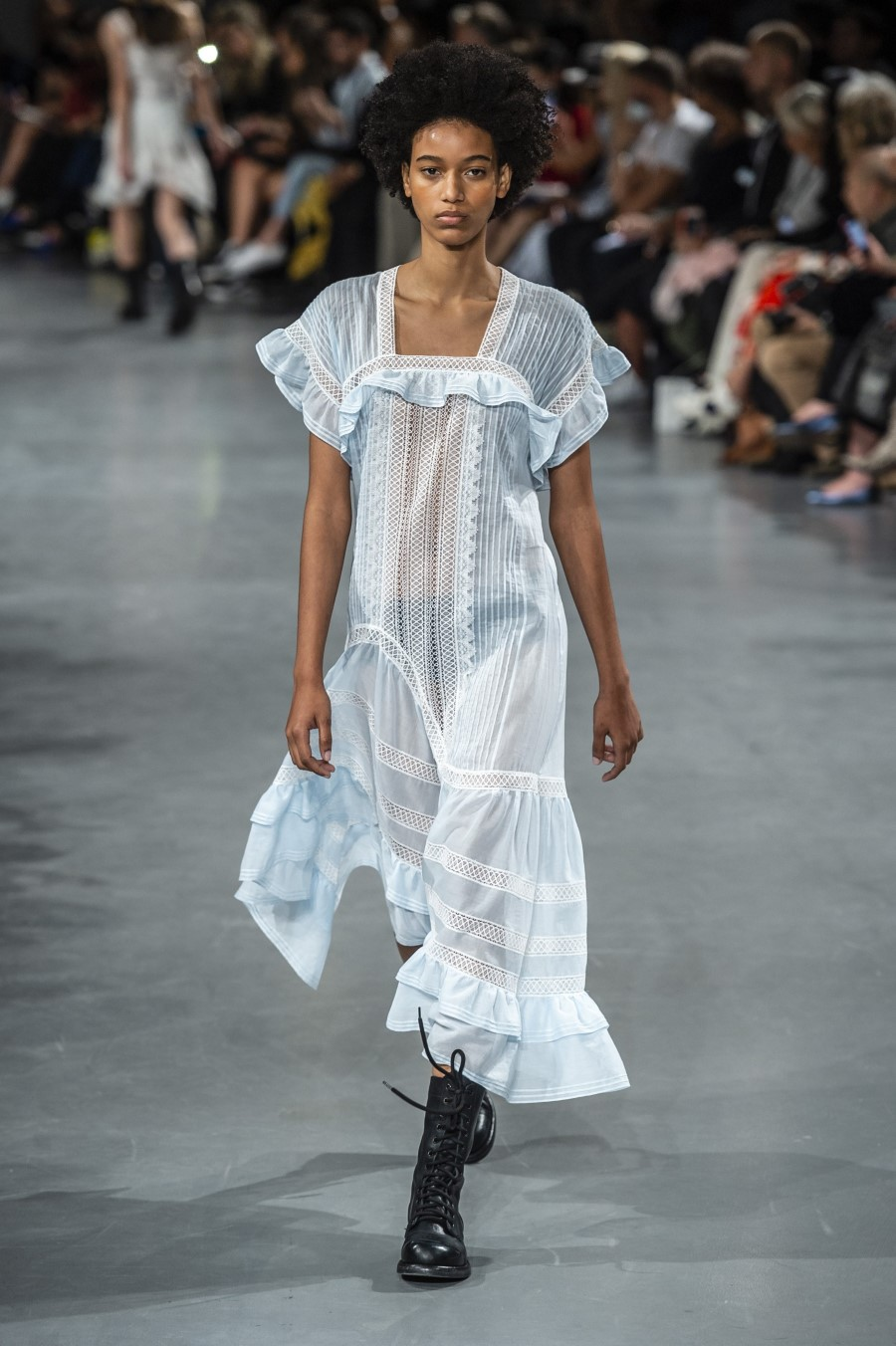 John Galliano Spring Summer 2019 – Paris Fashion Week