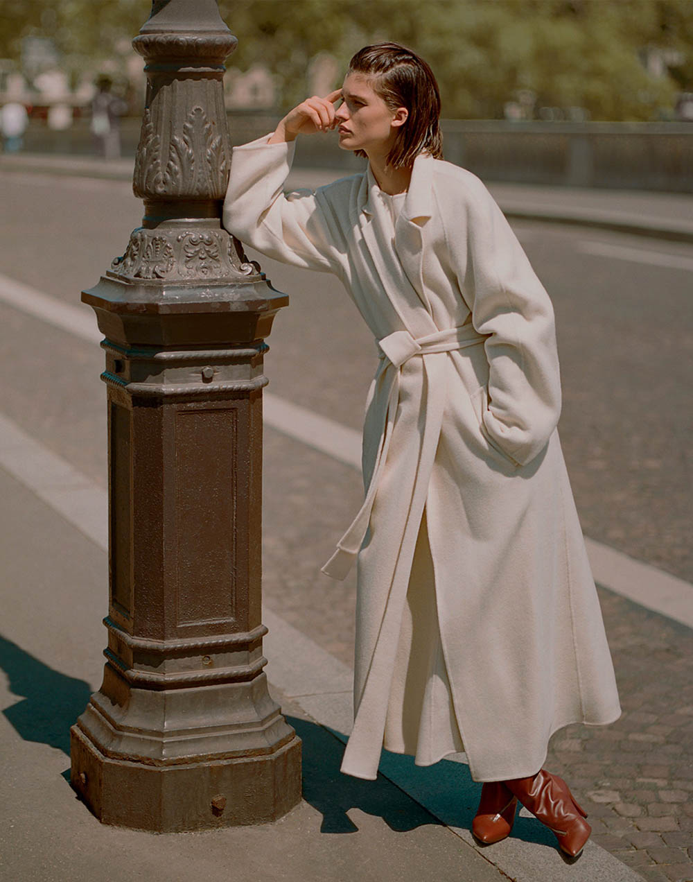 Julia van Os by Sebastian Sabal-Bruce for Porter Magazine Winter 2018