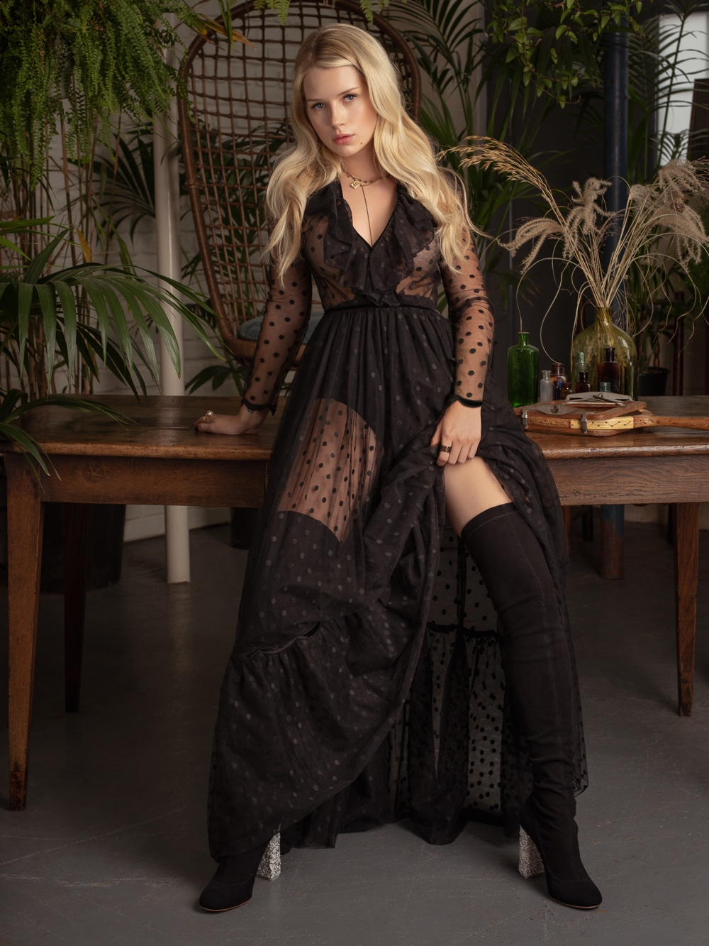 Lottie Moss by Anna Zesiger for Elle Bulgaria October 2018