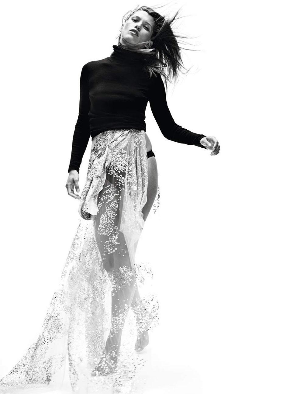 Hana Jirickova by Nathaniel Goldberg for Vogue Paris November 2018