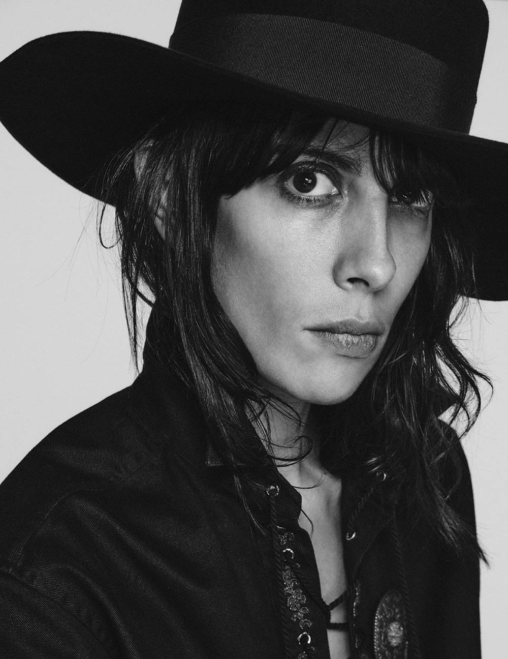 Jamie Bochert by Chris Colls for Vogue Brazil November 2018