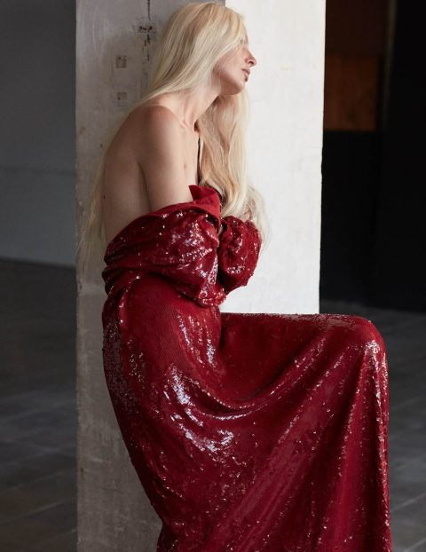 Kirsty Hume by Daniel Riera for Vogue Spain November 2018