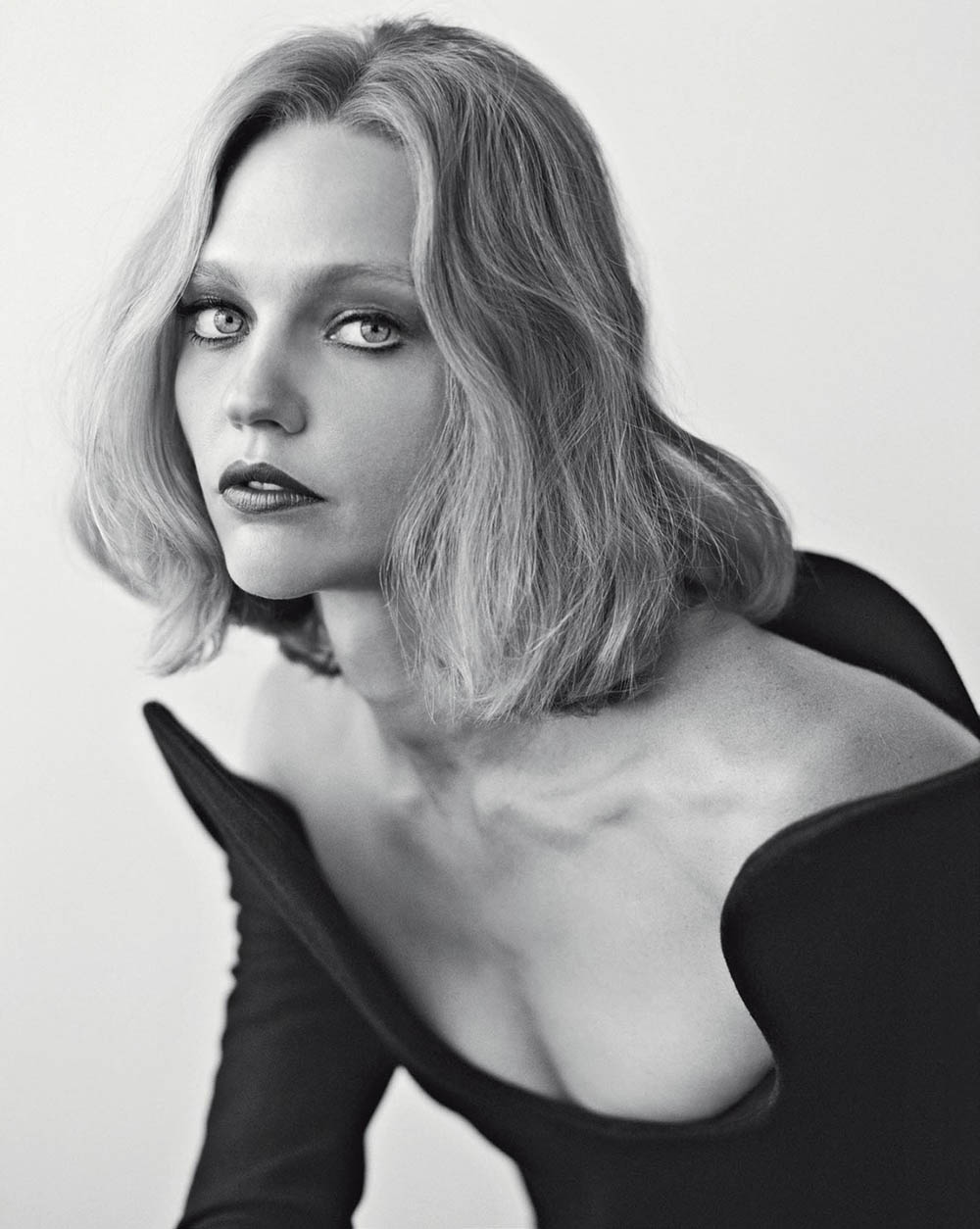 Sasha Pivovarova by Dario Catellani for Vogue Italia November 2018