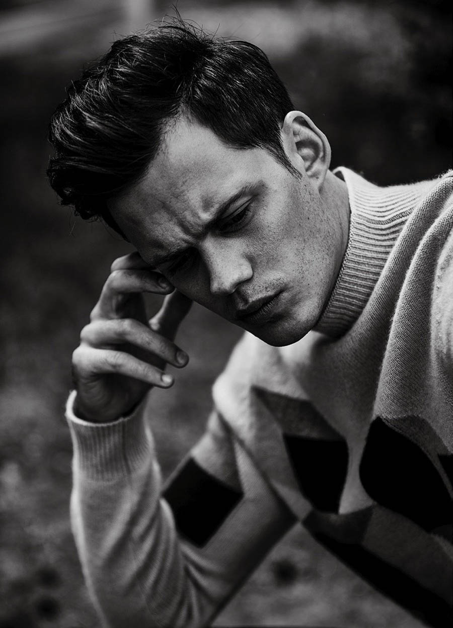 Bill Skarsgård covers L'Officiel Hommes Netherlands Fall Winter 2018 by Damon Baker