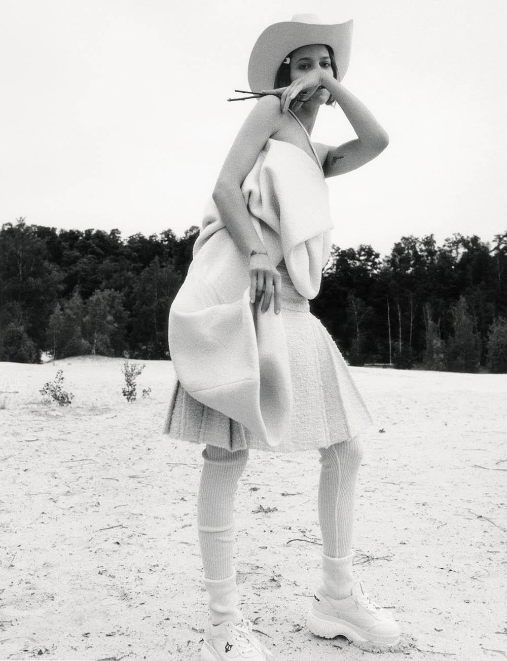 Freja Beha Erichsen by Jamie Hawkesworth for British Vogue December 2018