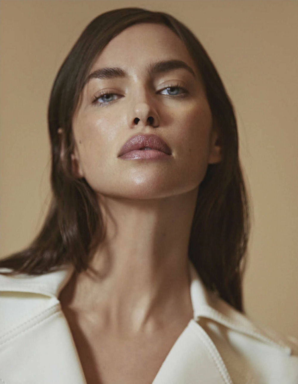 Irina Shayk by An Le for Vogue Mexico & Latin America January 2019