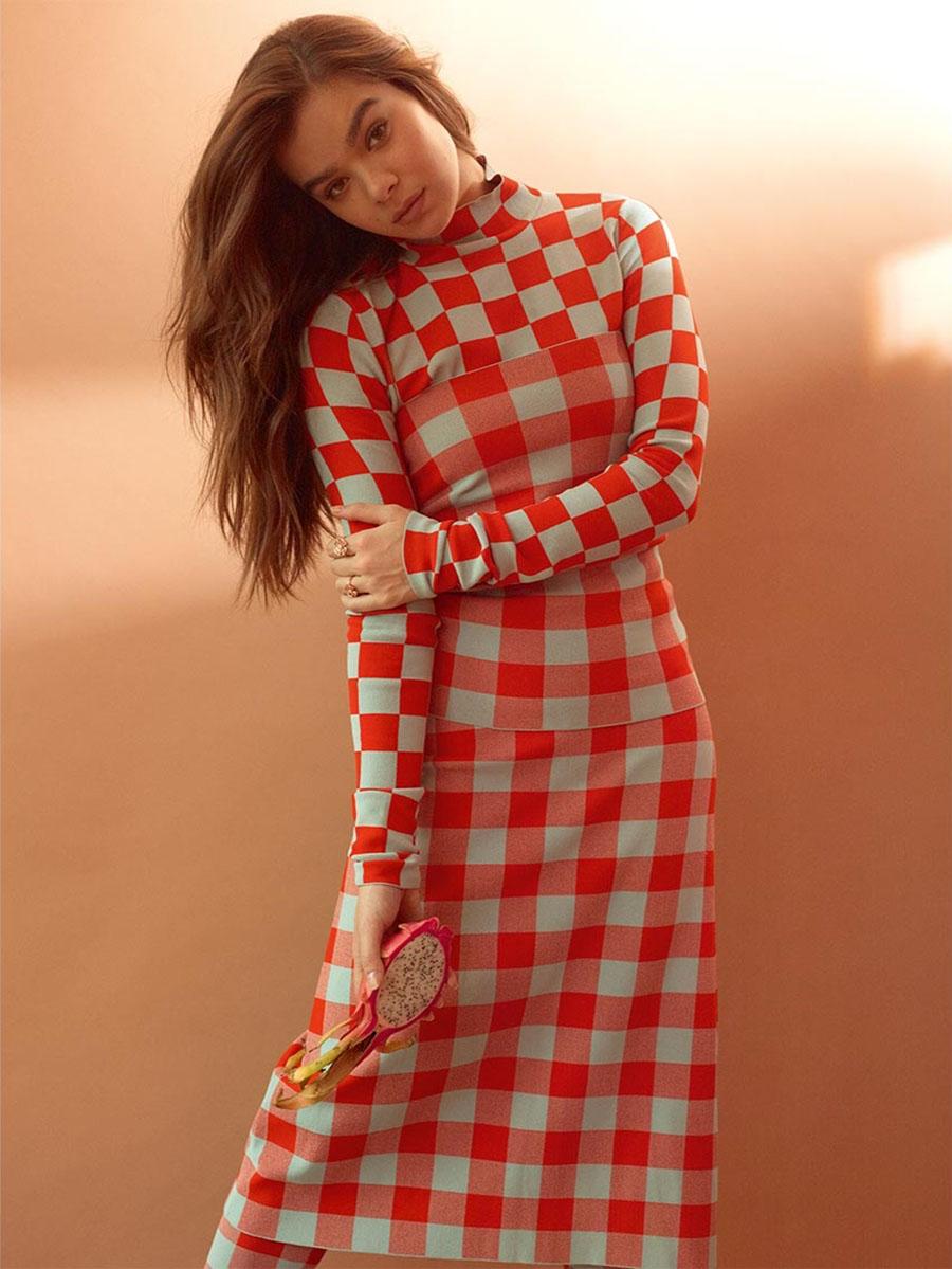 Hailee Steinfeld covers T Magazine Singapore January 2019 by Catherine Servel
