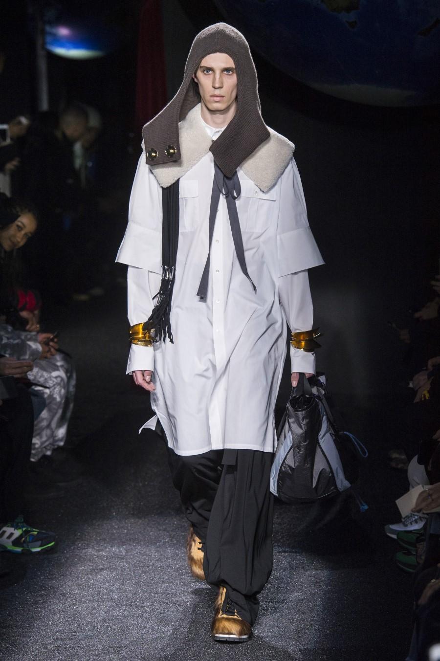 JW Anderson Men's Fall Winter 2019 – Paris Fashion Week