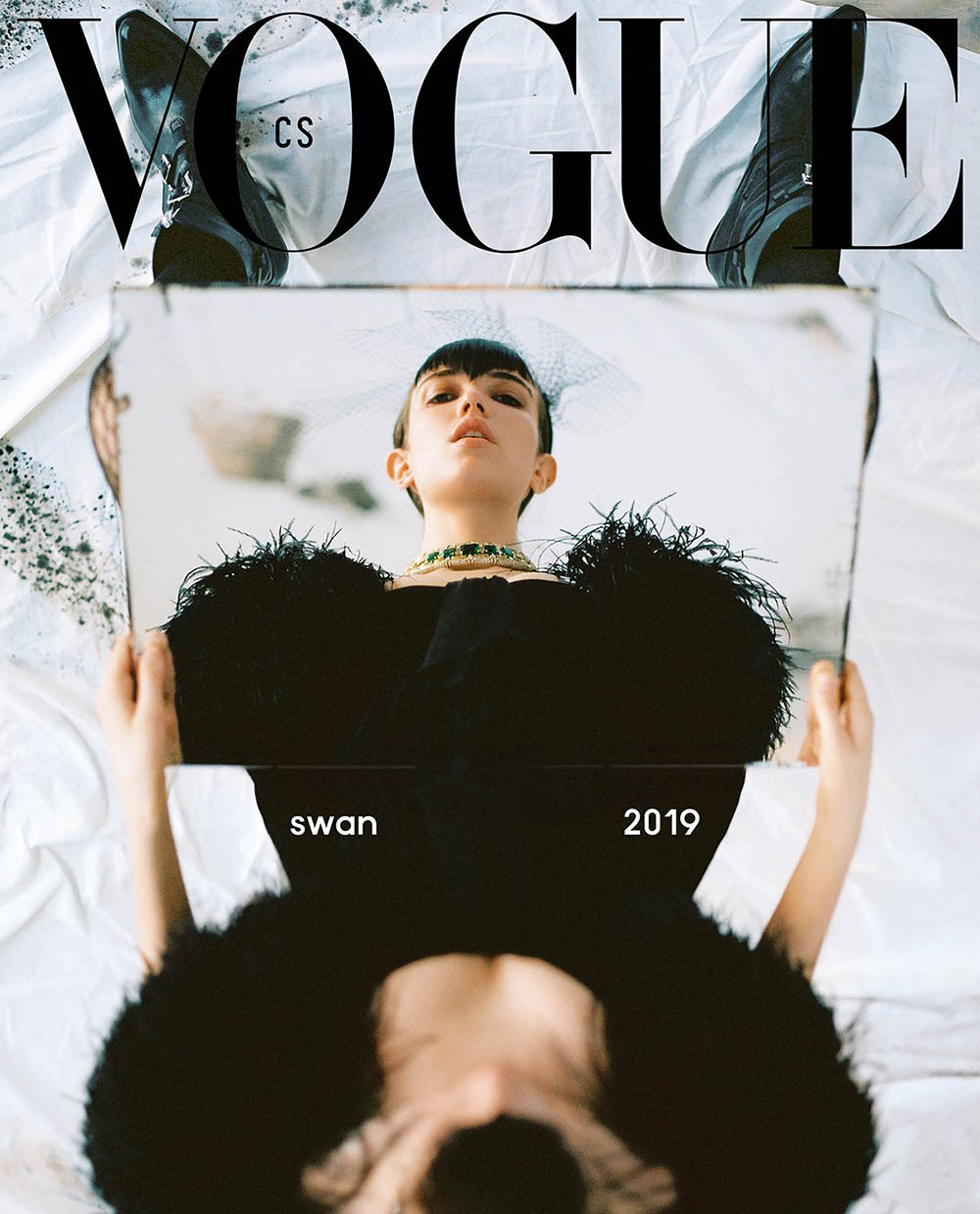 Grace Hartzel covers Vogue Czechoslovakia April 2019 by Dan Beleiu