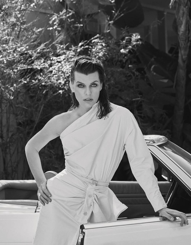 Milla Jovovich covers Elle Italia April 12th, 2019 by Laura Sciacovelli