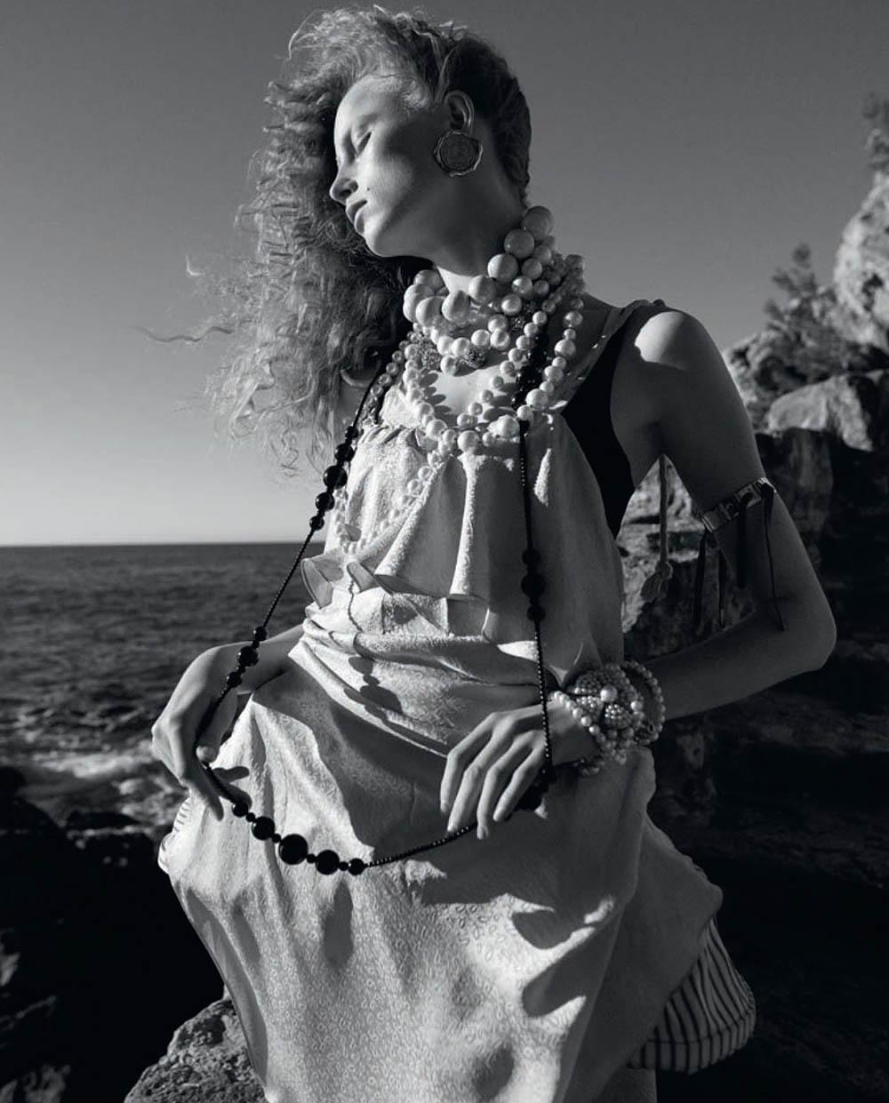 Rianne van Rompaey covers Vogue Italia April 2019 by Karim Sadli