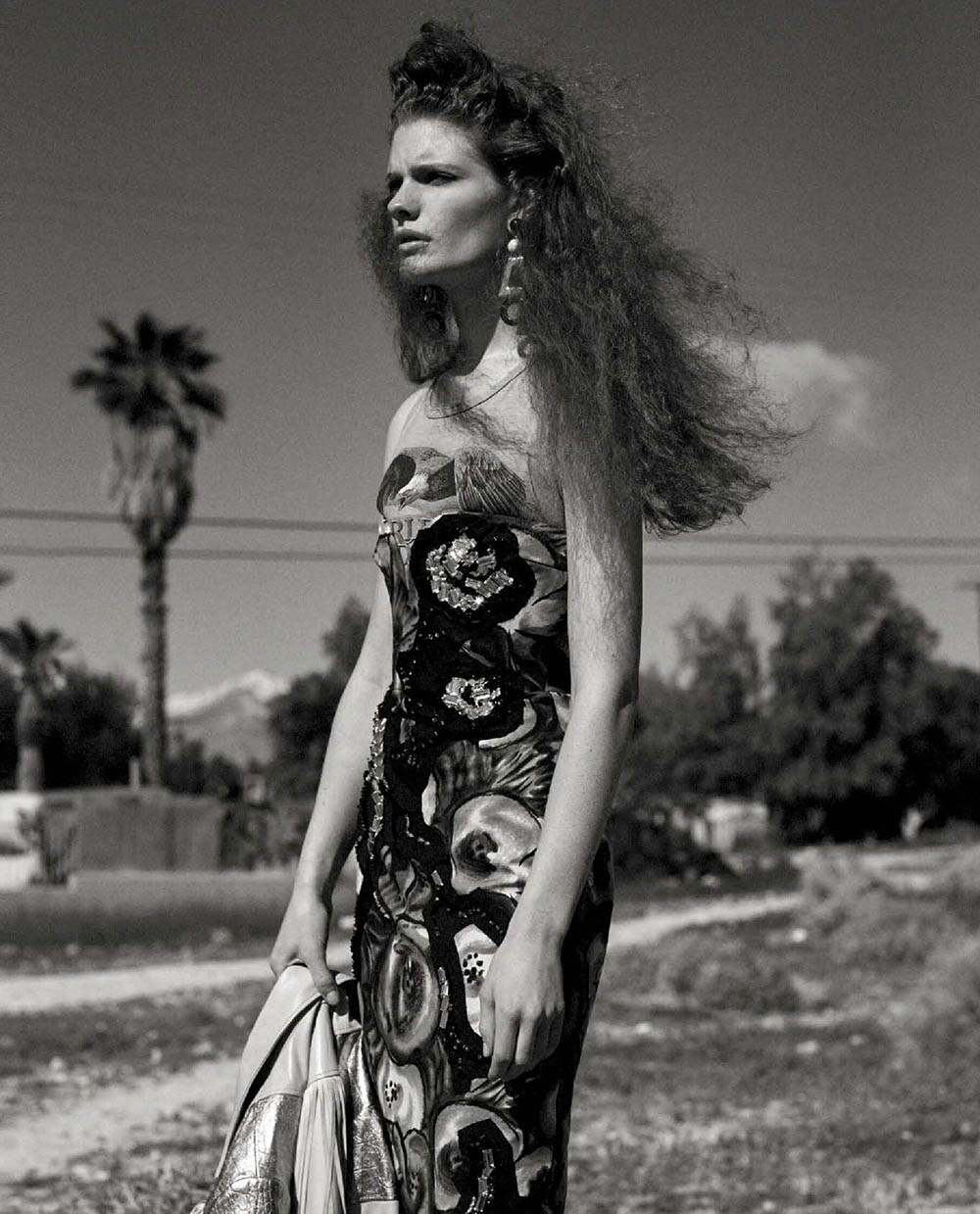 Carolina Burgin and Rebecca Leigh Longendyke by Josh Olins for Vogue Italia May 2019