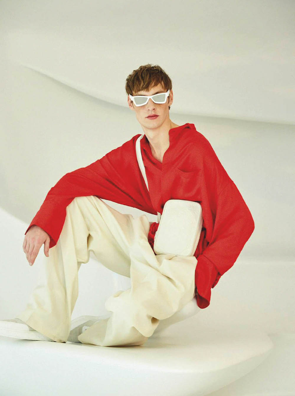 Roberto Sipos by Pablo Saez for Esquire Spain May 2019