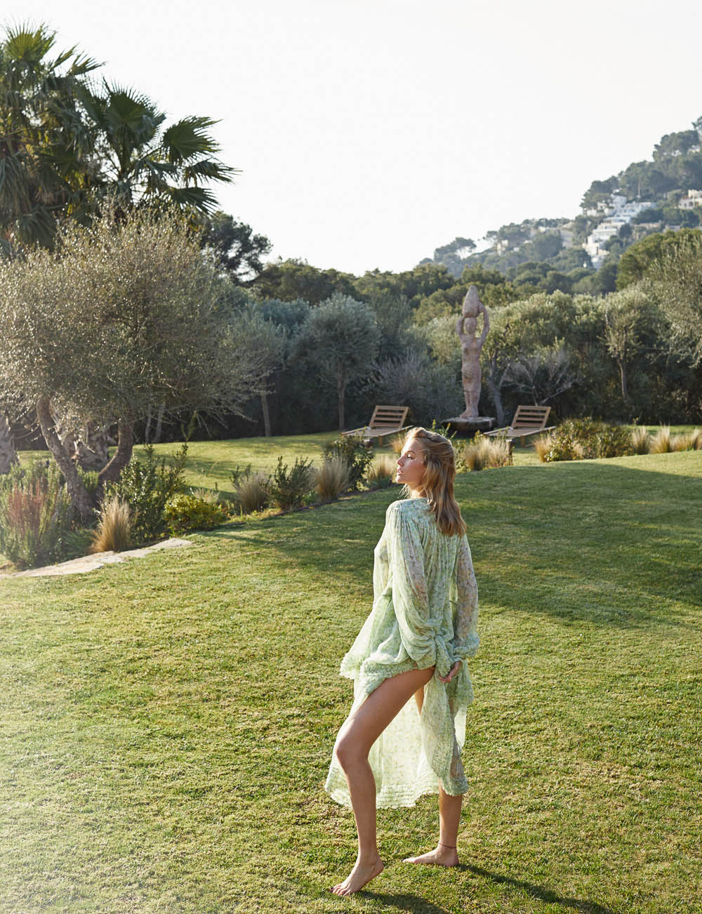 Toni Garrn covers Elle Spain May 2019 by Xavi Gordo