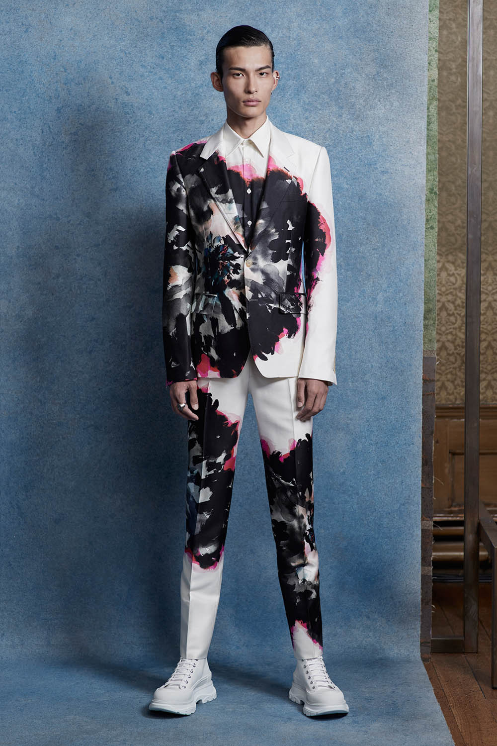 Alexander McQueen Men's Spring Summer 2020 Lookbook