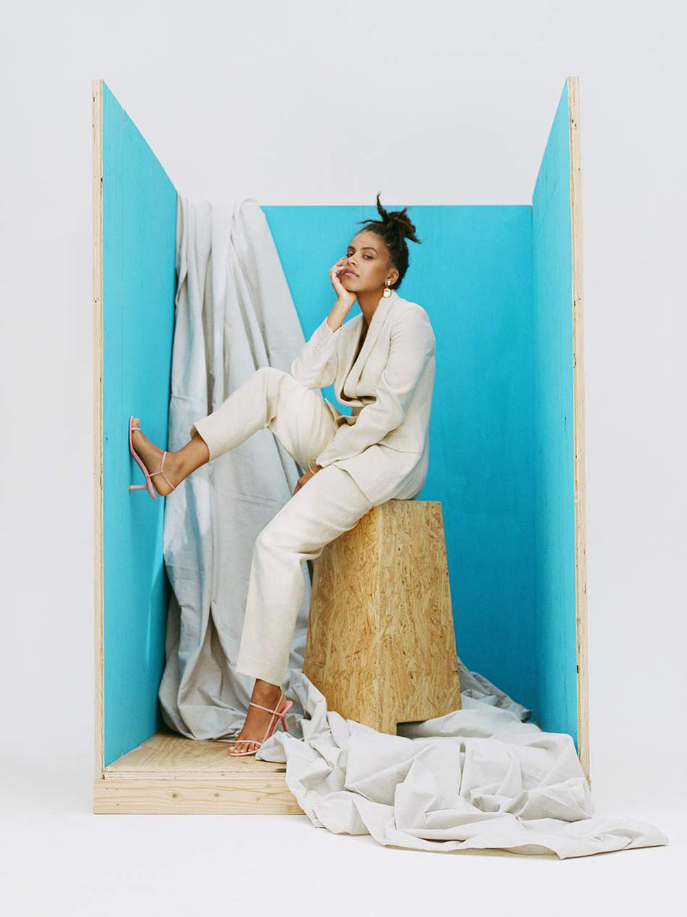 Porter Edit June 14th, 2019 cover by Camila Falquez