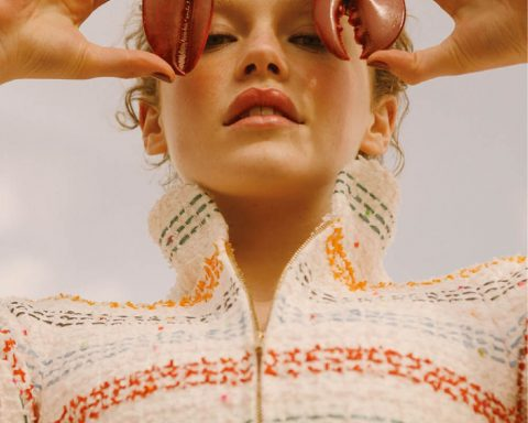 Zenobia Crimson by Noémi Ottilia Szabo for Elle Mexico June 2019