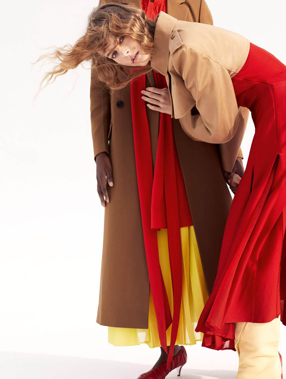 Ivanka Smilenko and Ayobami Okekunle by Laura Sciacovelli for Elle UK July 2019
