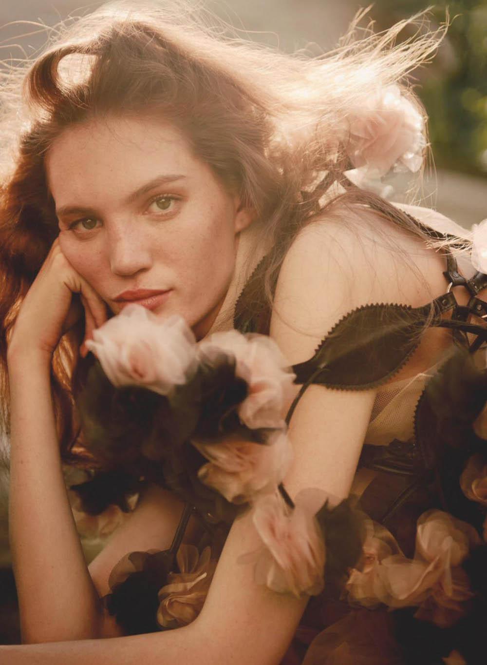 Izzy Wild by Noémi Ottilia Szabo for Marie Claire UK September 2019