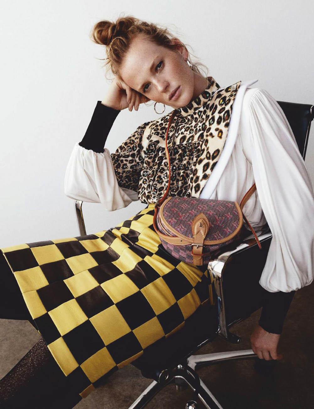 Anne Vyalitsyna by Tom Schirmacher for Elle Spain September 2019